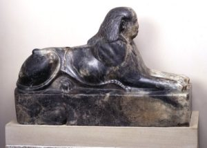 gneiss-sphinx