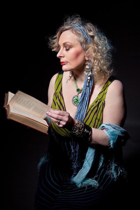 mature-woman-reading