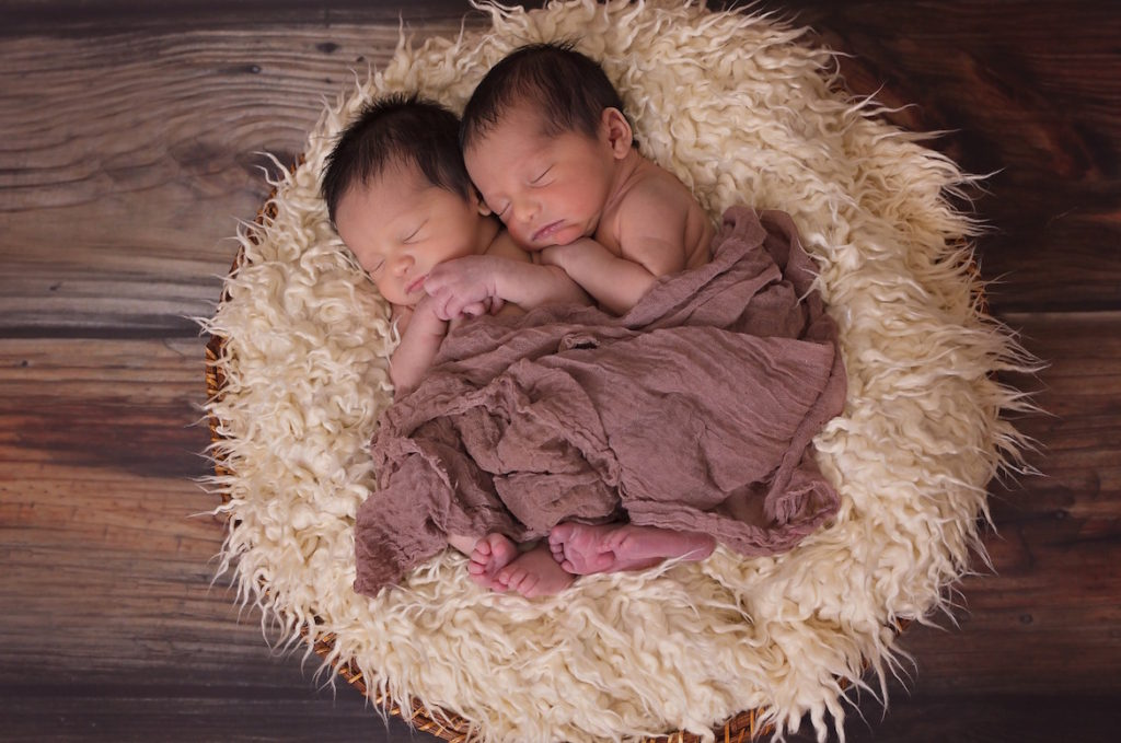 newborn-twin-boys