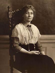 emmeline-pankhurst-1913