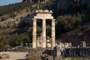 delphi-sanctuary-athena