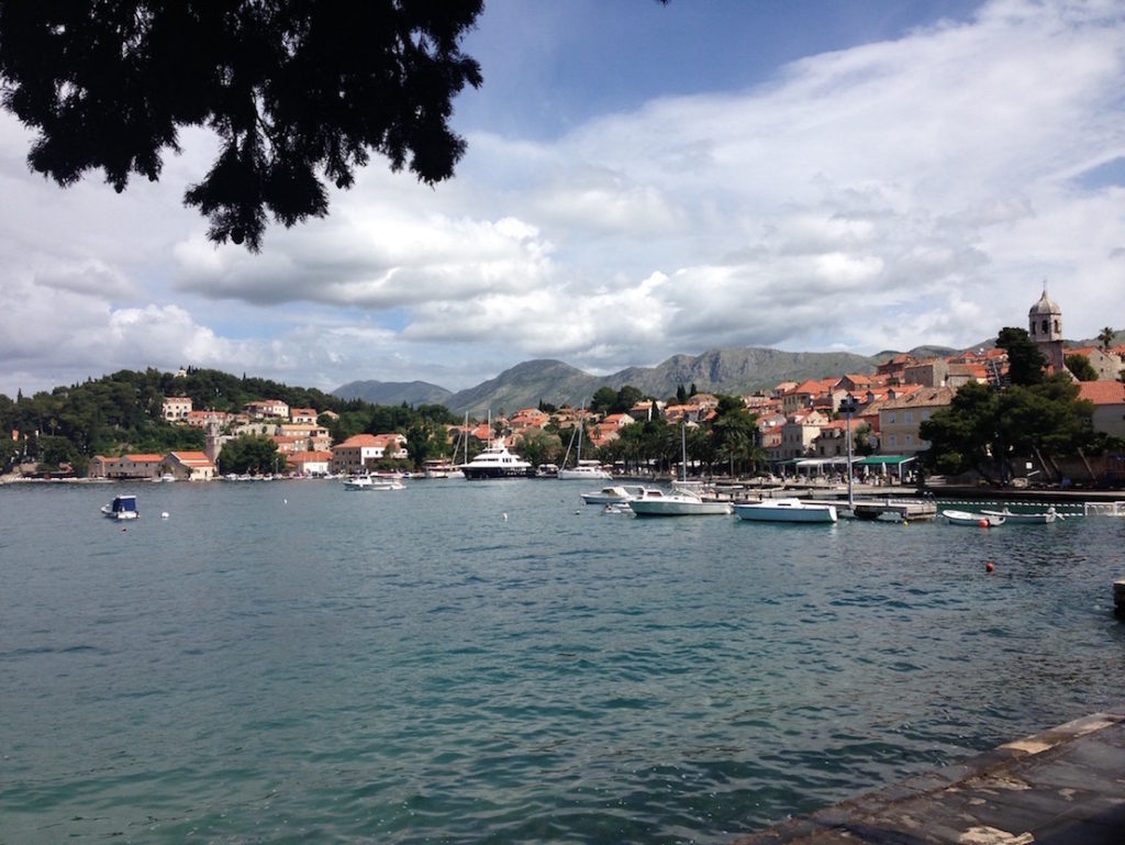 cavtat-harbour-mountains