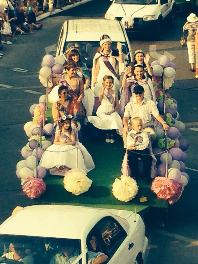 the-jacaranda-queen-float