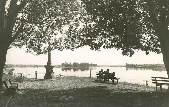 grafton-clarence-river-island