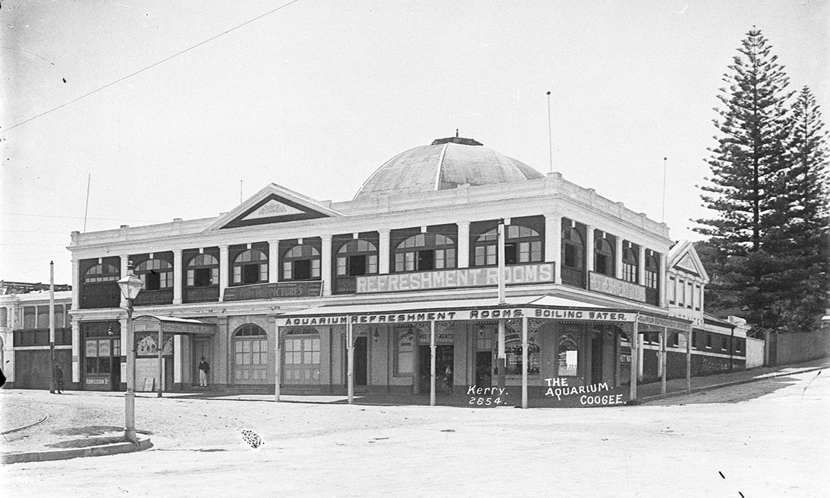 http://dictionaryofsydney.org/building/coogee_aquarium_and_swimming_baths