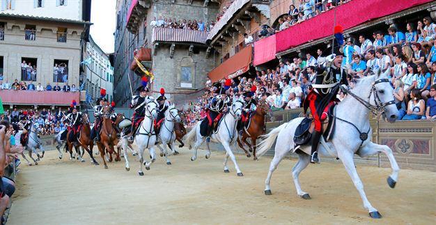 palio-horse-race